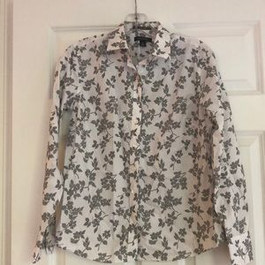 Landds' End black and white blouse
